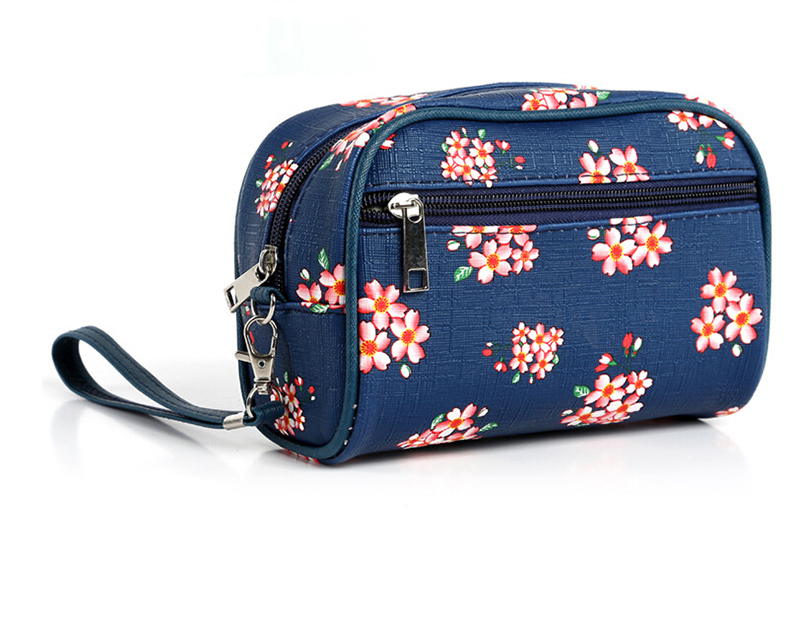 Small Broken Flower Cosmetic Bag in China