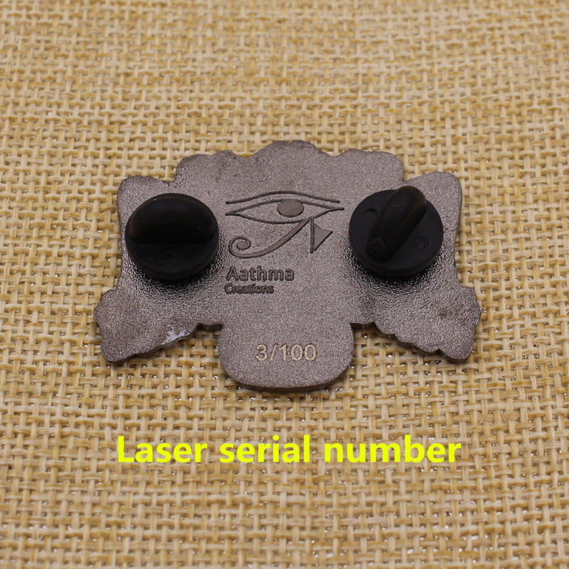 Custom Your Design Soft Enamel Black Nickel Pin with Rubber Cap