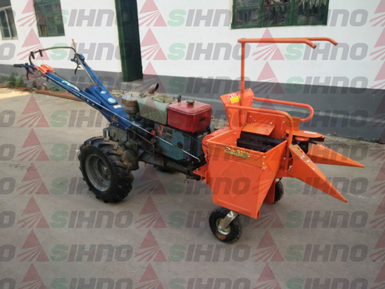 Walking Tractor Mounted Sinele Row Corn Harvester