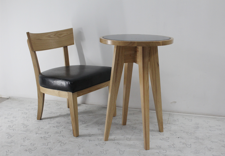 Wooden Furniture Modern Design Solid Wood Chairs with Leather Soft