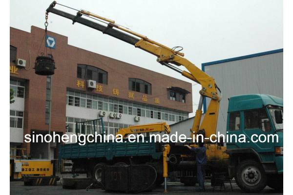 XCMG 12t Hydraulic Knuckle Boom Crane