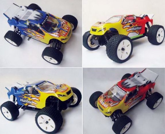 1 18 Scale 2.4G Electric 4WD Car Plastic Remote Control off-Road Vehicle RC Truck Toys