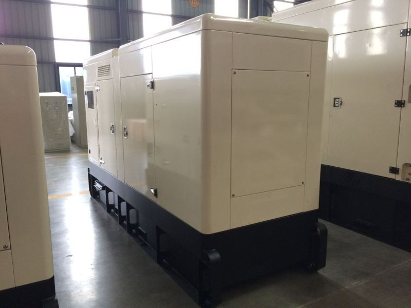 88kVA 70kVA Standby Rate Soundproof UK Pakins Engine Diesel Generator