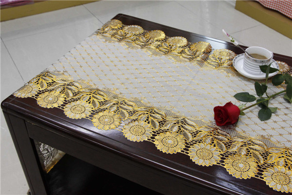 50cm Vinyl Long Lace Table Runner Gold/Silver