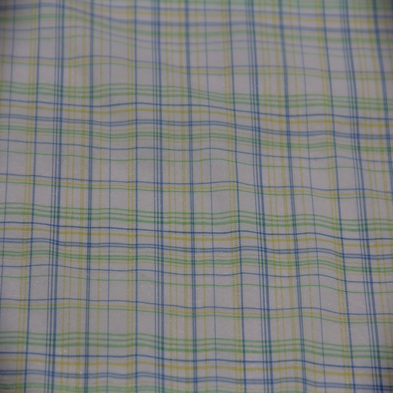 Moisture Wicking 100% Nylon Yarn Dyed Fabric for Men's Blouses