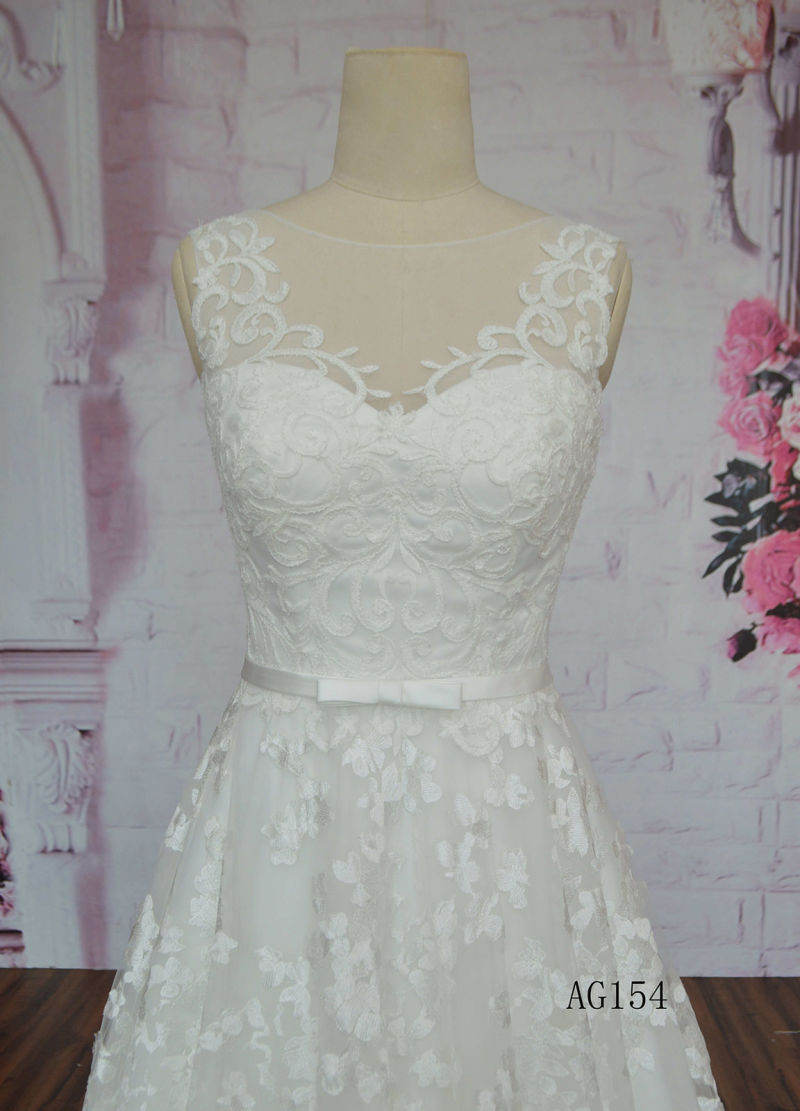 V Neck 2016 Hot Sale Wedding Dress Lace Applique Long Train Wedding Dress