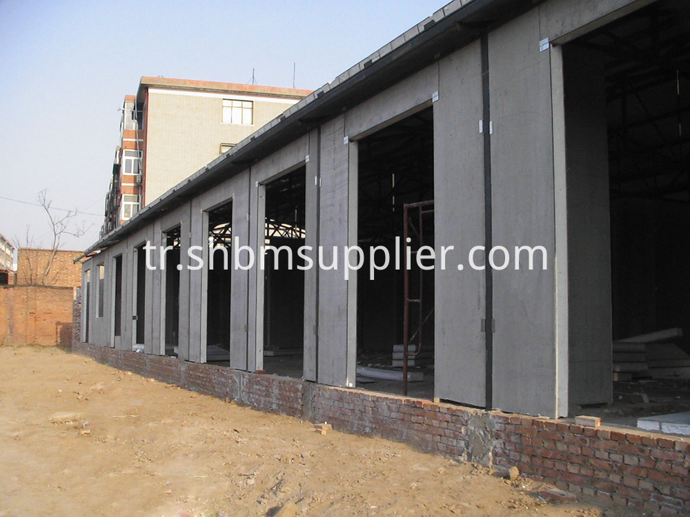 Radiant Heat Sandwich Wall Panel