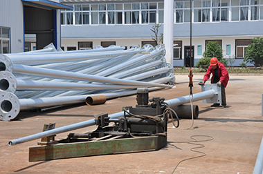 2mm3mm4mm Polygonal Conical Galvanized Electric Steel Pole