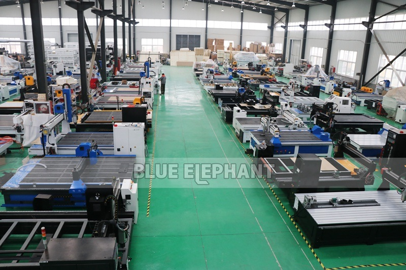 Latest Ele6060 Small Table Top Milling Machine Desktop Metal CNC Router Moving Table