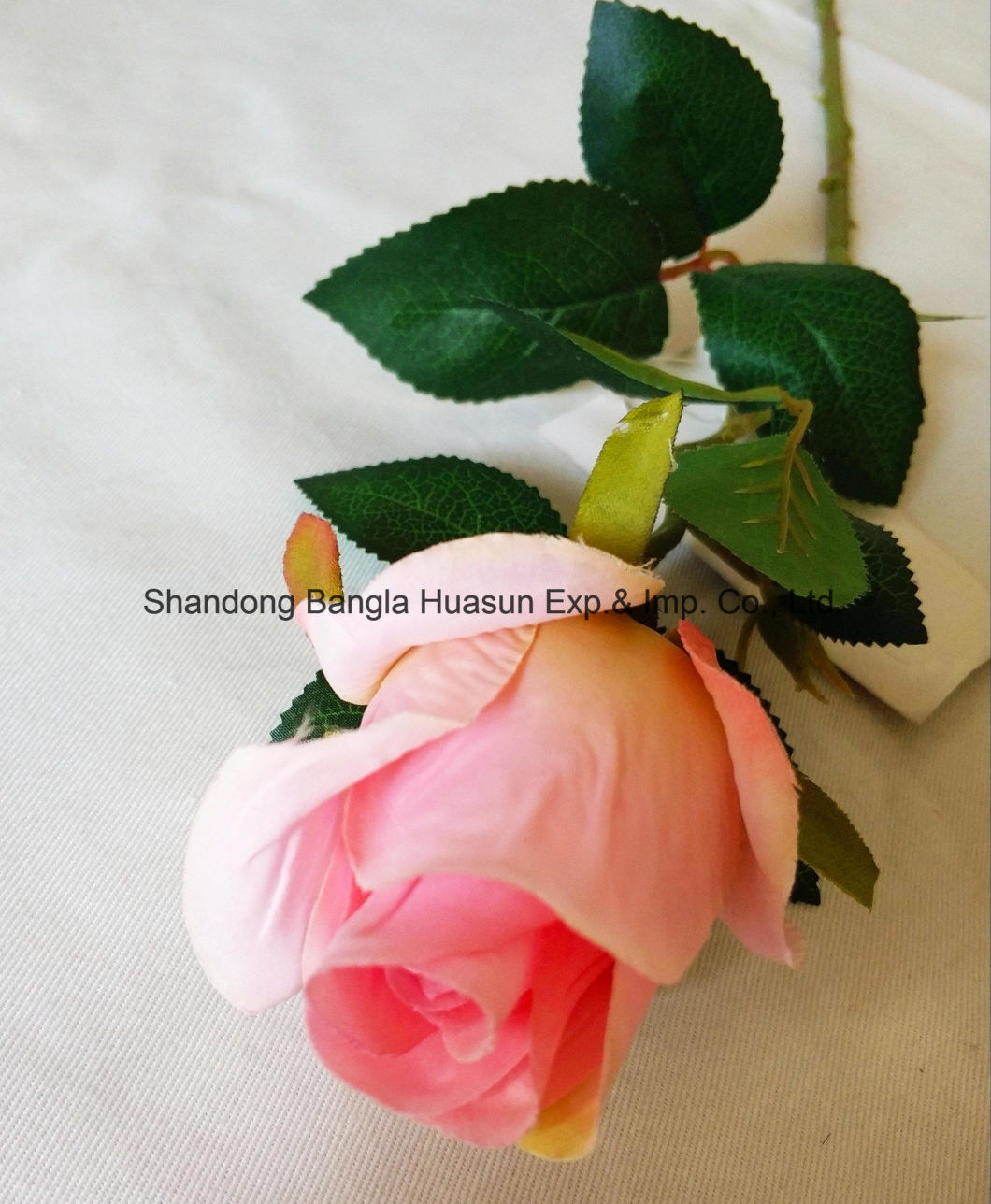 Artificial Plastic Silk Flower Single Rose Bud for Wedding Decoration