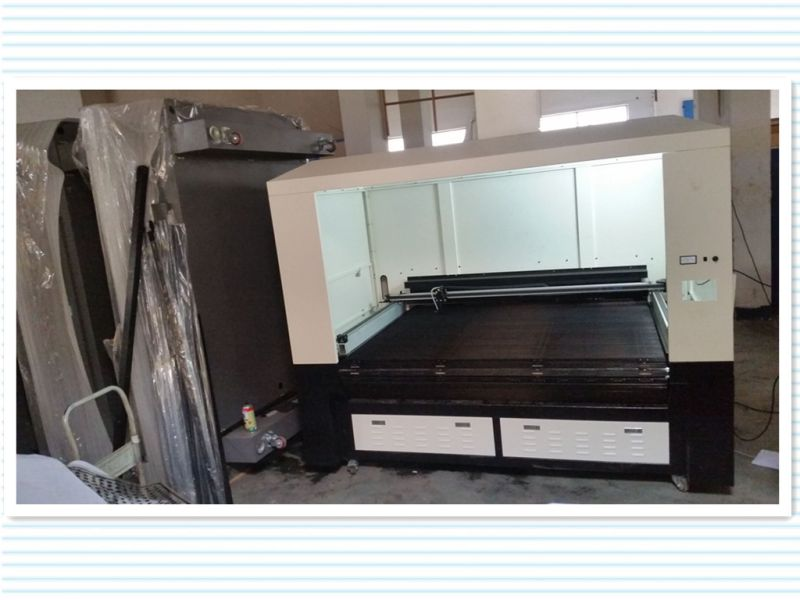 CO2 Laser Cutting Machine for Wood/Acrylic/Leather