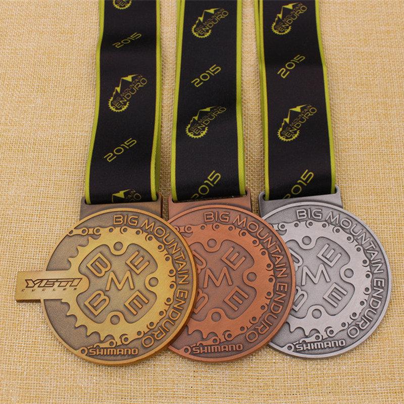 High Polished Medallion Metal School Award Karate Sports Marathon Run Medal