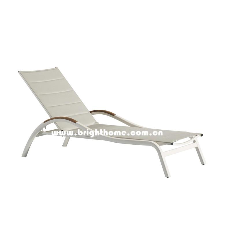 Outdoor Sun Lounger in Textilene