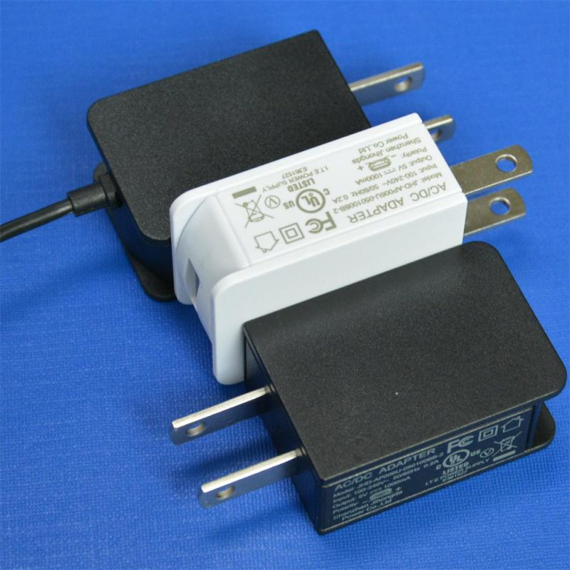 Wall Mounted Us Plug 6V1a (6V1000mA) AC/DC Switching Power Adapter