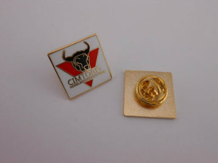 Custom Colorful Enamel Badge with Colors (GZHY-SE-021)
