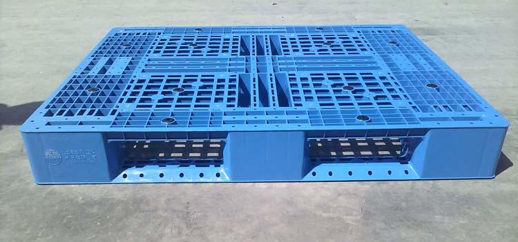 Manufacturer of Cheap Plastic Pallet 1200*1000*150mm