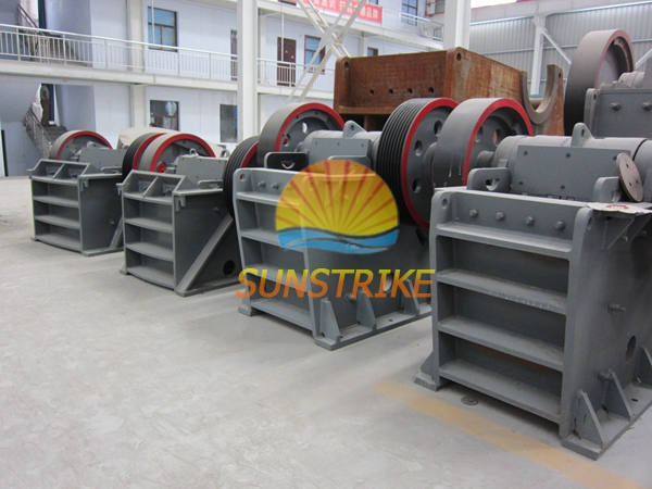 China Famous Brand High Efficient Factory Price Stone Jaw Crusher