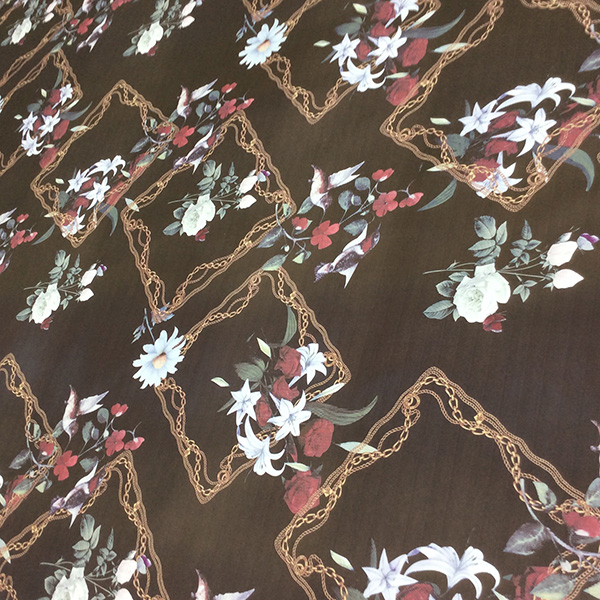 Soft and Flowing Polyester Corn Printed for Dress and Scarf Fabric