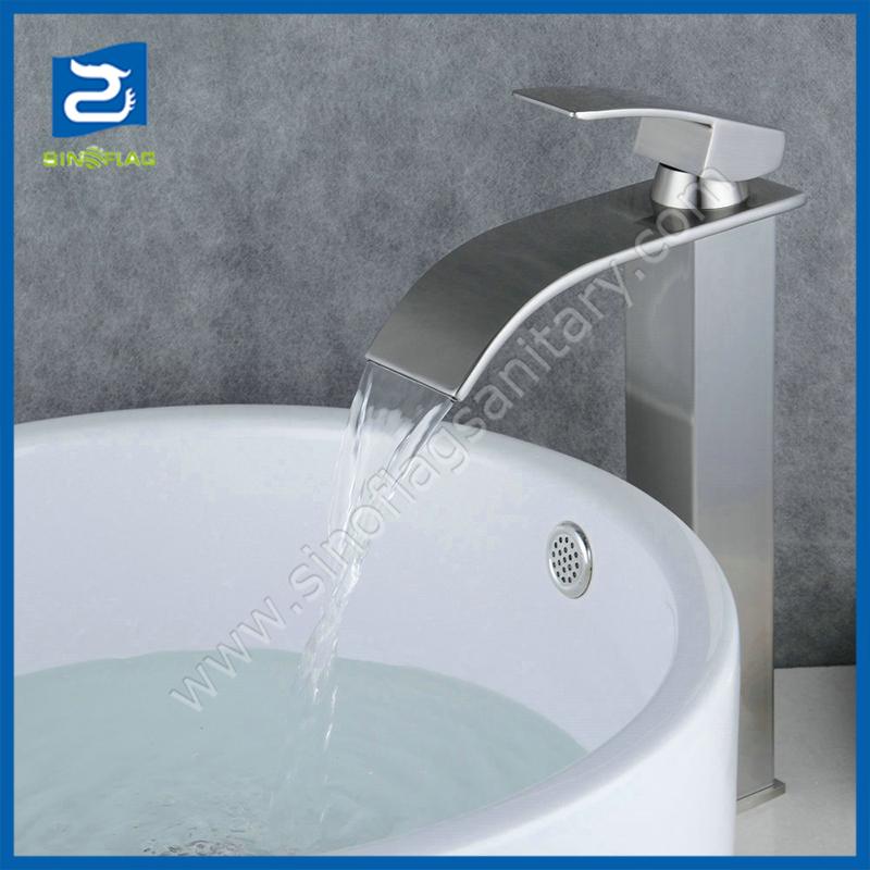 Bathroom Metal Waterfall Basin Mixer Tap