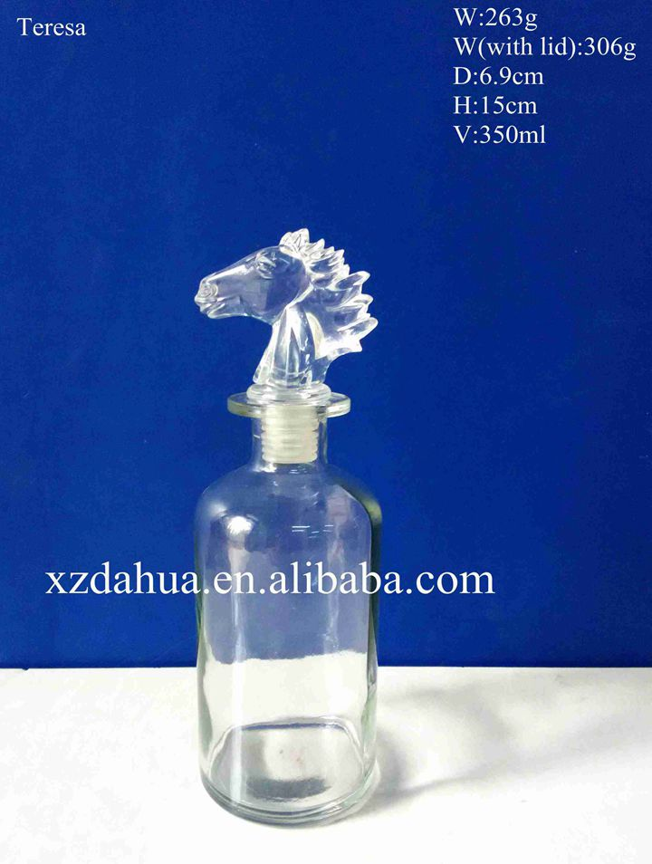 Exquisite Glass Wine Bottle with Glass Stopper