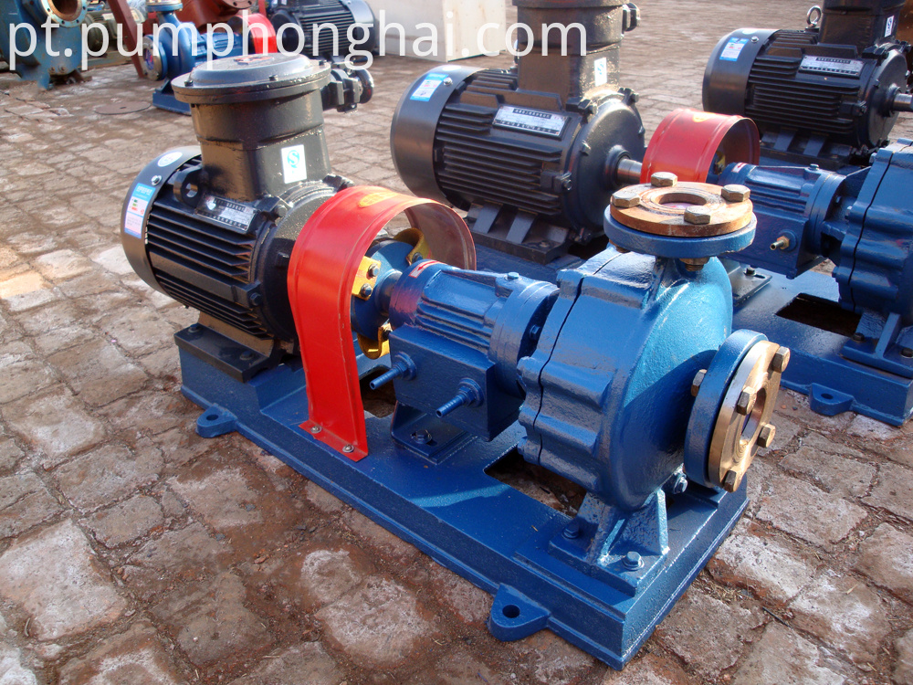 Cast steeel material pump with water-cooling equipment
