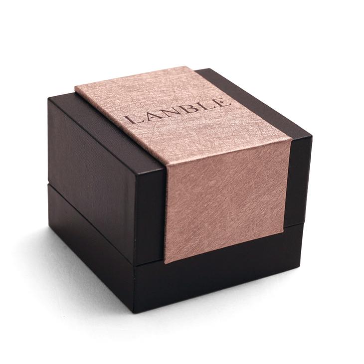 China High End Luxury Plastic Custom Fashion Jewelry Gift Box