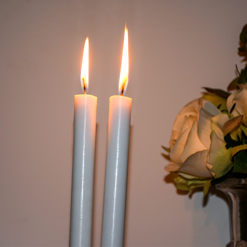 white candle (8)