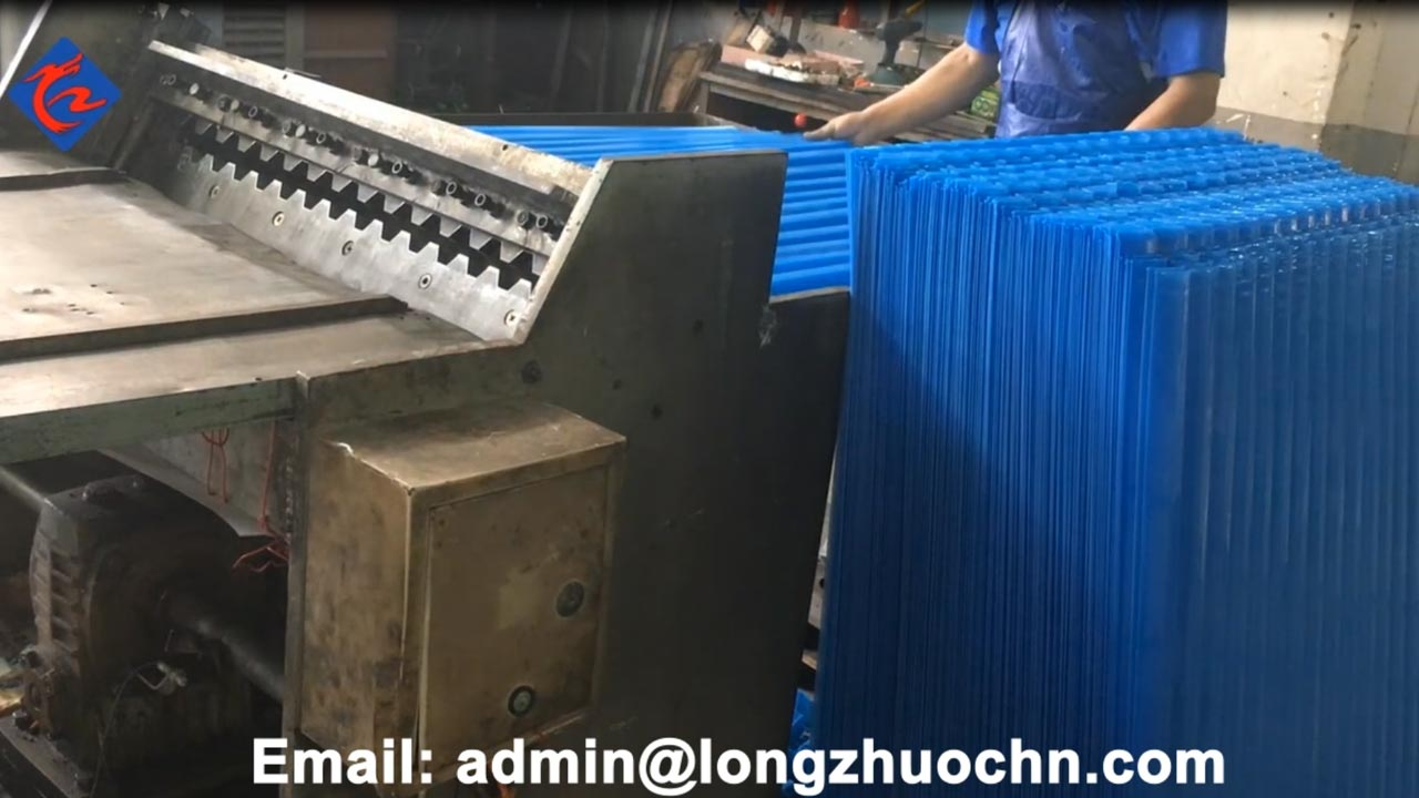 Square Type Tube Settler Media Production--Size cutting