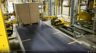 Automatic Pallet Wrapping System with Paper Corner Applicator