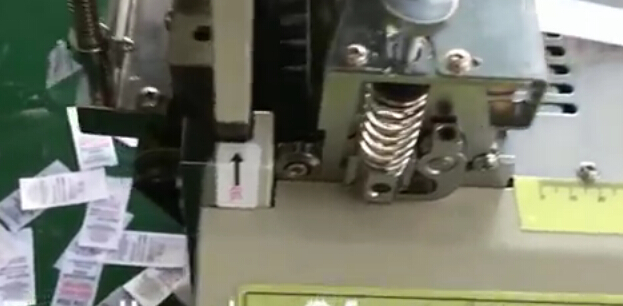 Automatic Label Cutting Machine Hot Knife with Sensor