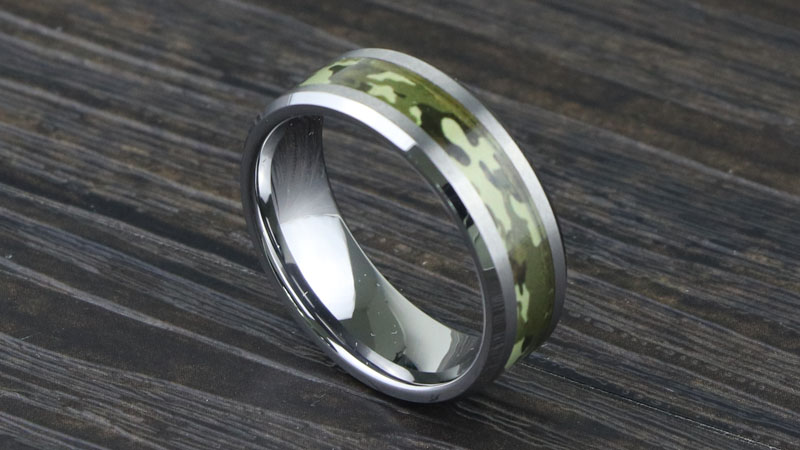 Cool Design Mens Tungsten Carbide Ring