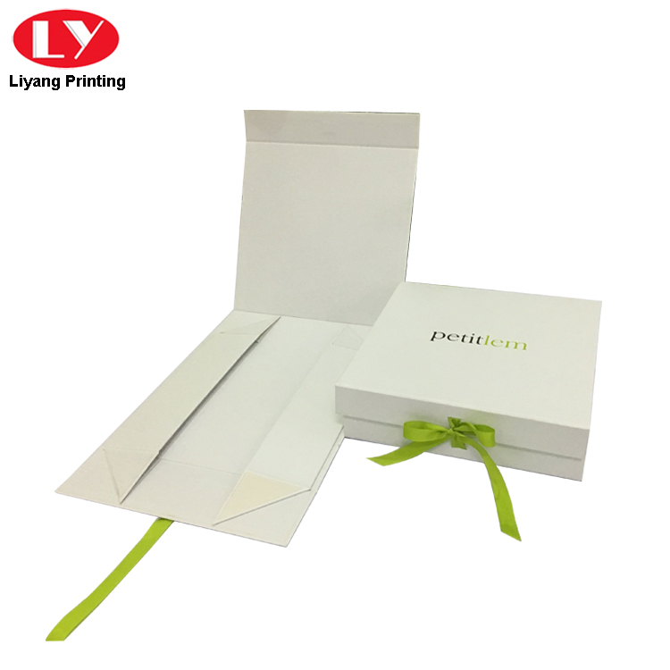 Custom Printed Cardboard Flat Magnetic Folding Box with Ribbon