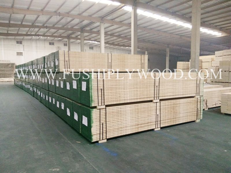 LVL SCAFFOLD WOOD BOARD LOADING FROM FUSHI WOOD