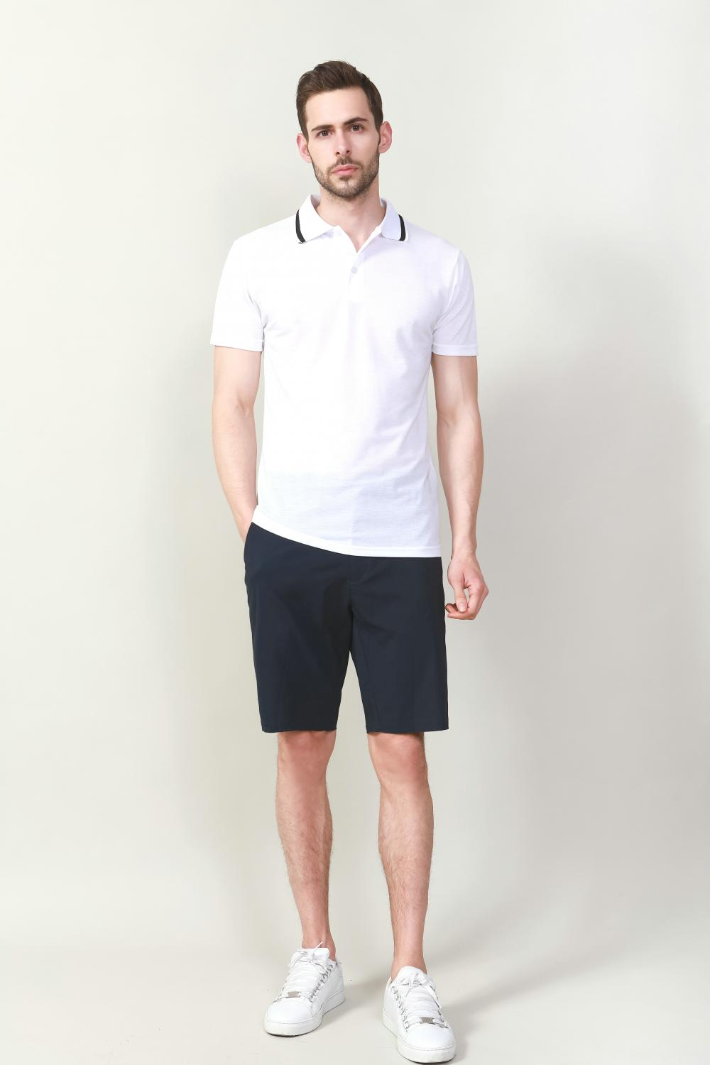 CASUAL SHORT IN NAVY