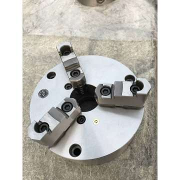 Precision adjustable 3Jaws self-centring chuck