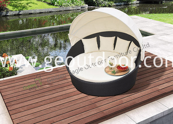 aluminium wicker round sunbed with canopy