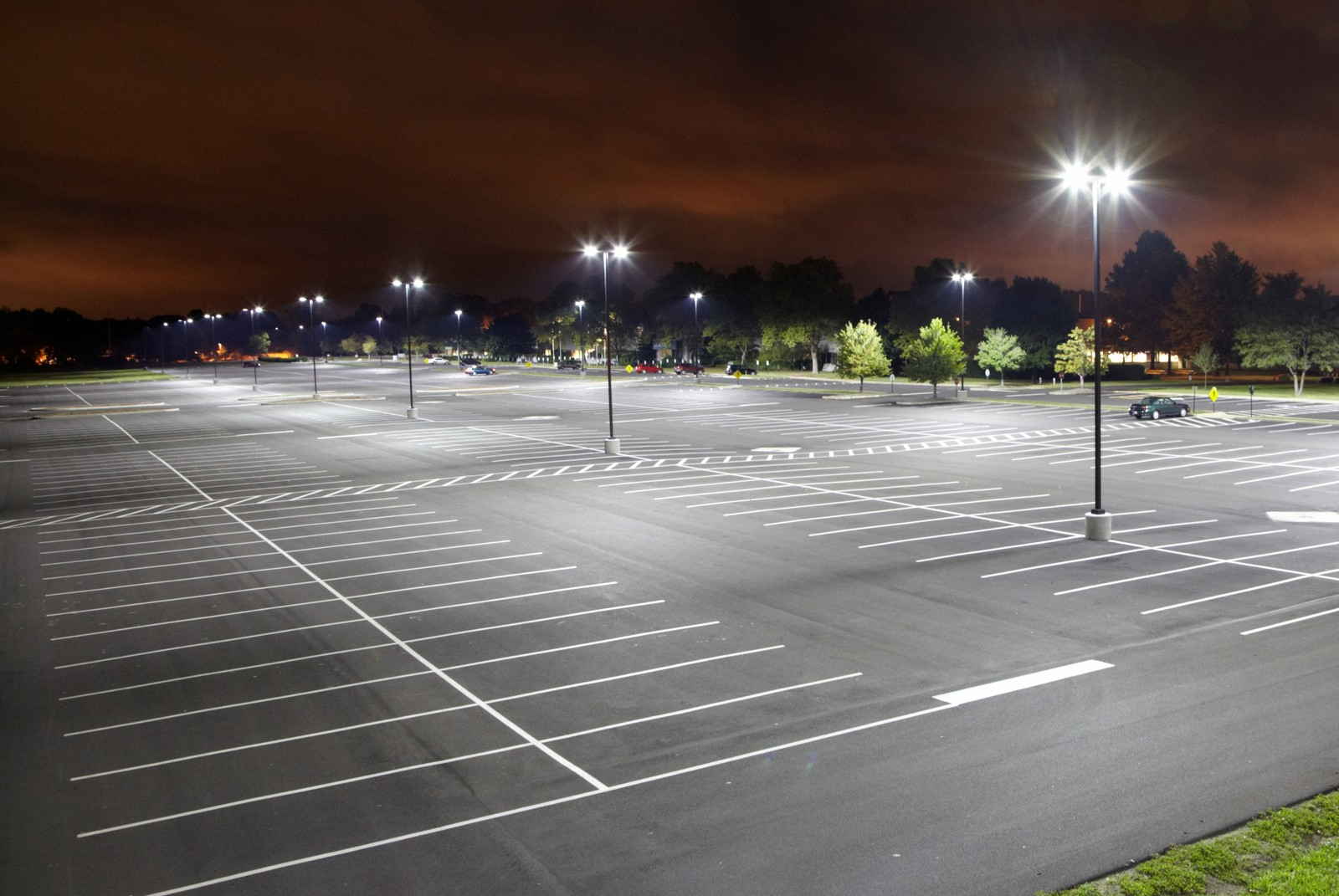 Led Parking Lot Lights With Pole (1)