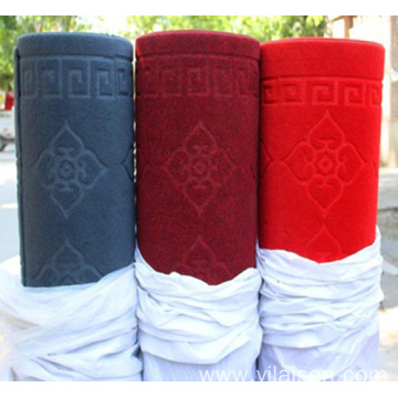 Factory Supplying embroidery carpet mat in rolls
