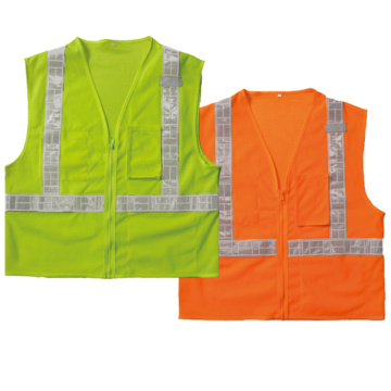 Safety vest with 3 pockets