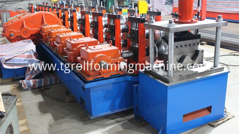 Expressway Guardrail Roll Forming Machine