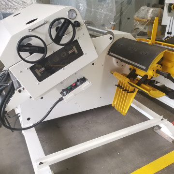Decoiler Straightener Machine