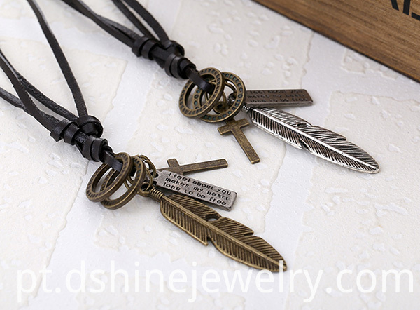 Men Alloy Leather Necklace