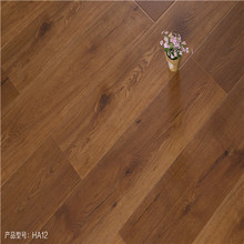 Good Quality for Cheap Wood Grain Laminate Flooring 12mm synchronized style AC4 grade laminate flooring supply to Lithuania Manufacturer
