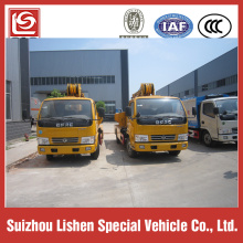 Dongfeng 4x2 truck mounted crane