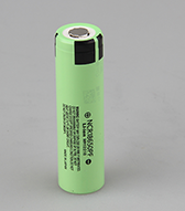 install flashlight battery NCR18650PF