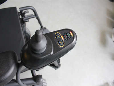 Almighty Power-driven wheelchair (2)