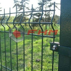 PVC Coated Welded Wire Fence With Triangle Bends