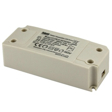 Excitador do diodo emissor de luz de 12W Triac Dimmable