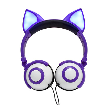 Leading for Fox Headphones Fancy Creative Anime Wholesale New Arrival Headphones export to Panama Supplier