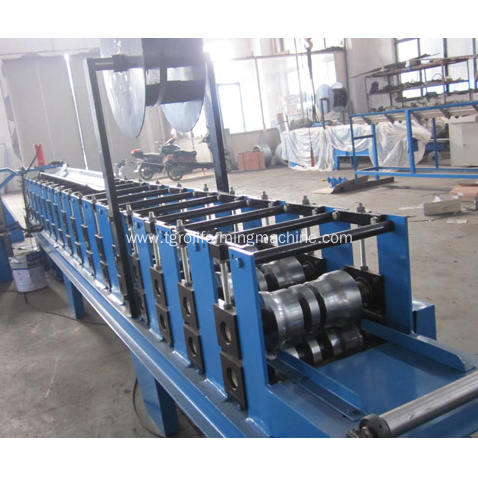 Standard automatic aluminum gutter roll forming